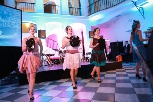 Swing tanec